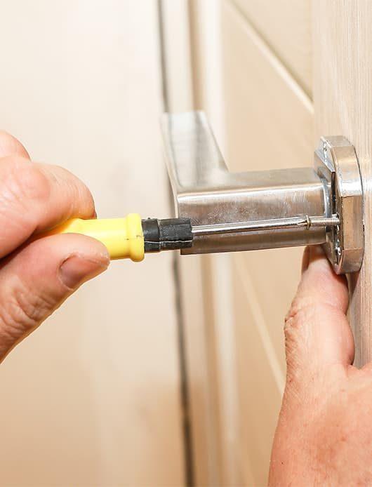 Fitting New Door Handle